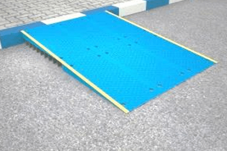 Plastic ramp